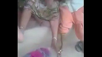 deva aur bhabi Coroa e o jovem