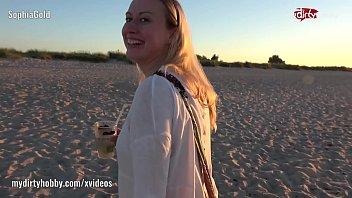 public fuc beach Amatuer first time facial