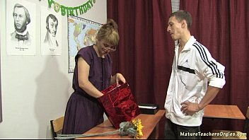 son sex mom russian mature Mild teaches bow how to masterbate