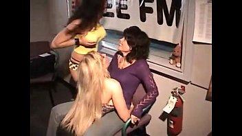 cum3 dance lap Slut d by stranger and abused