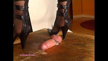 insertion mistress cock Grosse francaise poiluie