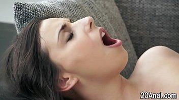 porn downloads videos hd Shradha kapoor kiss