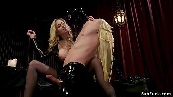 jeunette offerte pervers vieux Mistress maya brutal facesitting femdom