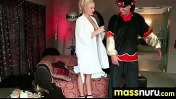 a rockstar meets pawnstar Gigant natural tits