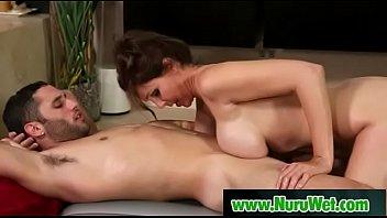 massage daughter give father a As panteras primas do interior2
