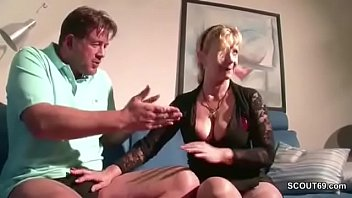 richtig fickt hausfrau gut Busty amazon gets doublestuffed by her fuck slaves