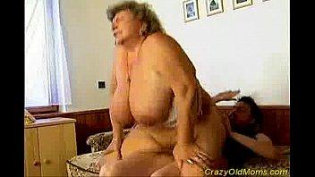 stacie crazy mom Anita pearl feeling naughty and horny today doing some hot masturbation