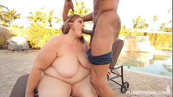 ghetto black big booty Tattooed blonde brooke banner does stunning blowjob