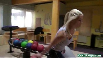 party amateur college Boss licking 3gp download