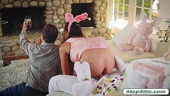 chula honney bunny Redheade milf in strapon wanna squeeze adult babys jizz