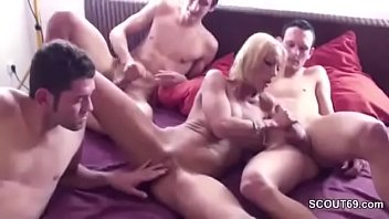 xxx and video4 son mother Old man eats pupssy