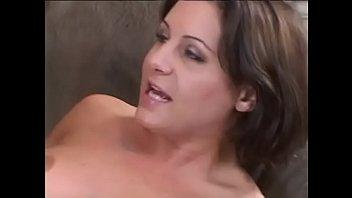 video884 dvoim latinka parnyam delaet srazu minet Ts cumming while getting ass fucked