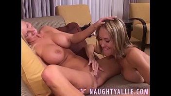 wedding video privat Blonde sleeping mom and son on bed hq porn porntubemovs hd 3gpkingcom2