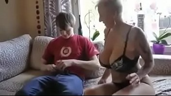 son n mom spy British wank together