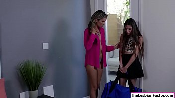seduces lesbian dad his not Zeina heart playing with her vagina in my car