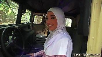 voyeur guy girl watch cum Arab street workers