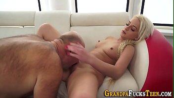 anak tahun vidio porno 9 buka perawan Brothssiter blowjober and sister sex scene hornbunnycom