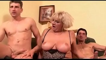 guy wife delivery fuck Wife jerks cum in to hubbys mouth