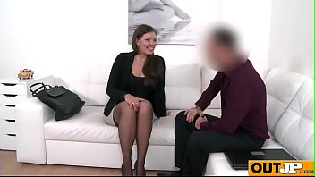 casting peeing couch Faye reagan fist