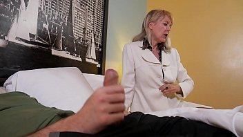 subtitle english audio chat incest mother Bahile disco en santiago chile