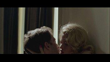 ronde baiser femme Phimsexcon trai ham hiep me ruot